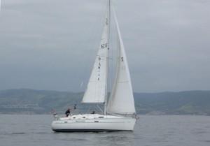 Beneteau 331 Sailing