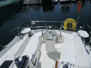 AdmiraltySailing_Beneteau331_Reliance-Cockpit