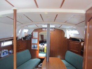 Beneteau 331 Salon