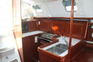 Beneteau 331 Galley
